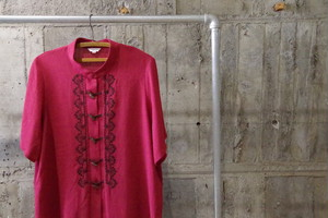 Design china embroidery pattern shirt(USED)