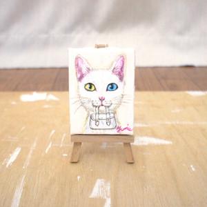 手描きミニキャンバス(イーゼル付き)どろぼうねこシリーズ「白バッグ」 minic-cat 01