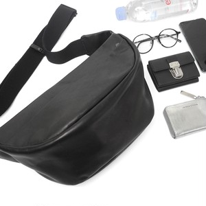 194ABG02 Leather waist bag 'demi cercle' 19 ボディバッグ