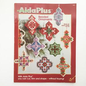 刺繍とビーズのオーナメント Aida Plus Beaded Ornaments  4808