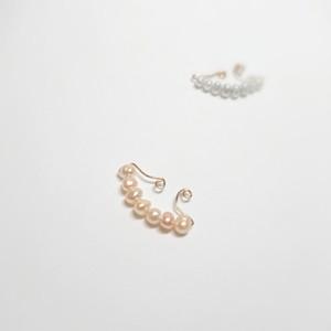 桃色真珠のイヤーカフpeche(ペシェ)