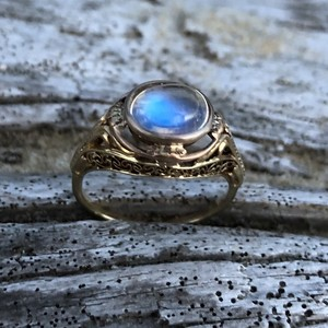 Moon Stone Gold  Antique  Ring