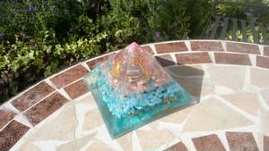 T03★ピラミッド(大)クフ王対比オルゴナイト(バースオブヴィーナス)