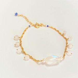【heartwarming bracelet 】 Rainbow Moonstone(レインボームーンストーン)