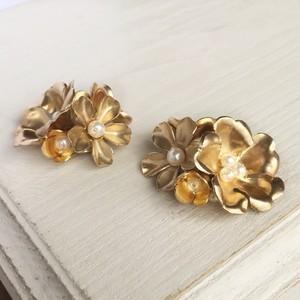 ヴィンテージブラス(真鍮)の花束イヤリング