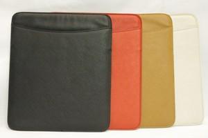 イタリア製サフィアノレザータブレットケース