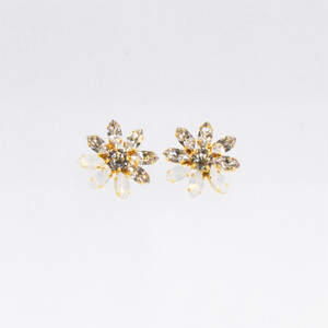 MINI BLOOM EARRINGS