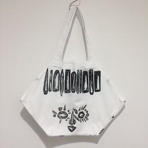 【yes!yes!非非】六角BAG 顔 (ホワイト)