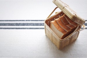 bamboo bread basket  /  竹のパンかご