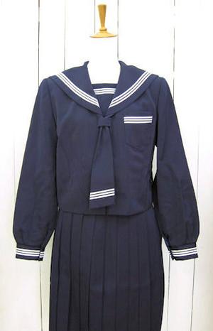 風間浦中学校女子制服