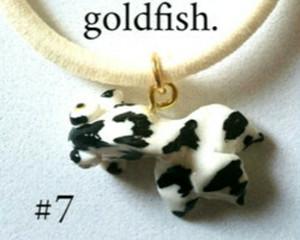 金魚のブレスレット