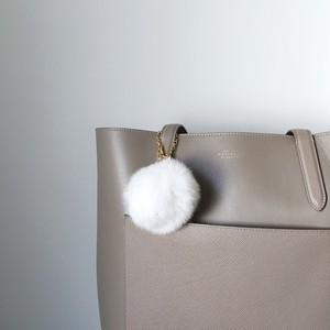 【バッグチャーム】ふわふわラビットファー&スワロフスキーを運ぶバードチャーム(ホワイト)