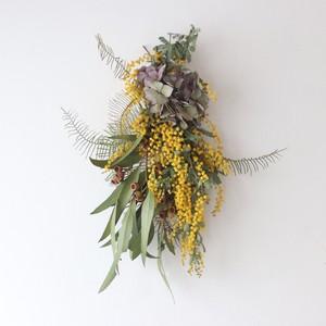 ミモザとユーカリの実と紫陽花のスワッグ【bdfa20032】ドライフラワー