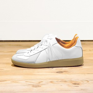 GERMAN TRAINER <ORANGE>10046