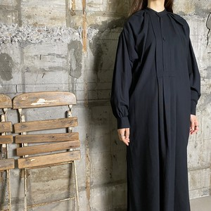 HYKE【ハイク】 LINEN SMOCK DRESS (16117/BLACK).