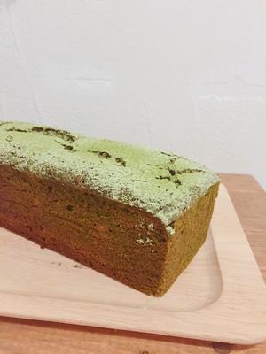抹茶が濃厚しっとりな抹茶のケーキ