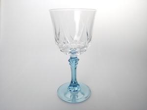 ライラック色が美しいフランスらしいグラス 大