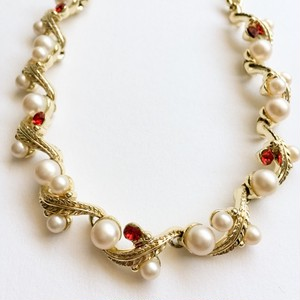 pearl & red rhinestone necklace[n-188]