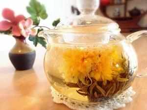 【中国茶・工芸茶】オリジナル高級品 新芽工芸茶  ジンザンインタイ 5粒