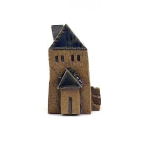 ちいさな陶器のお家 ミニチュア陶器ハウス 小人のお家 青い屋根 DP-006