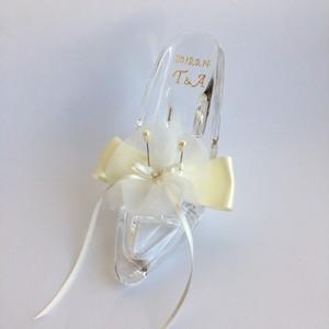 新作【人気のリングピロー】ガラスの靴型|結婚祝いギフト・結婚祝いプレゼント・結婚記念日祝い・婚約祝い・指輪交換
