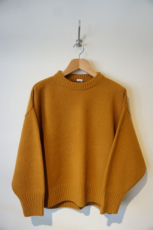 MERINO WOOL CREW NECK KNIT [ MUSTARD ]