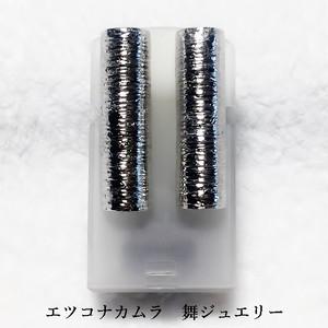 おもいっきり縦長のダイナミックシルバーイヤリングP16