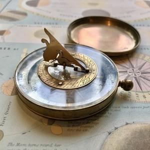 日時計付き方位磁針