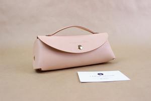 JAPAN LANSUI DESIGN 名入れ対応 ヌメ革手作り 化粧ポーチ 小物入れ 品番HASFJDS8