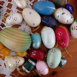 4月 イースター 木の飾り 30個卵のセット ヨーロッパ蚤の市買い付け ヴィンテージ