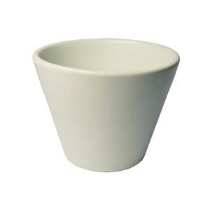 Pot M White