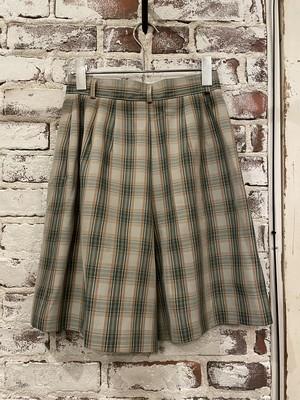 (LOOK) check pattern shorts