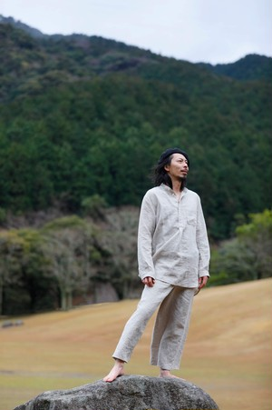 リネンスタンドカラーシャツ color:Kinari