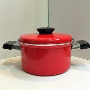 マルビシ レトロなホーロー製の両手鍋【赤】(0325204S80)