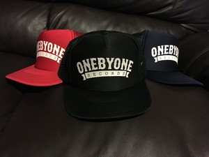 ONE BY ONE CAP