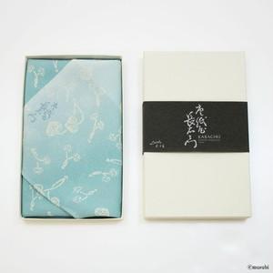 【Furoshiki】 45 KARACHO Silk Chirimen Yuzen Dyeing | Asarum Caulescens Light Blue 【風呂敷】45 唐長 正絹ちりめん友禅 【箱入帯付】 双葉葵 アサギ