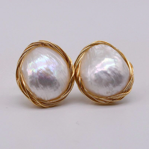 Baroque Pearl Gold Frame Earrings 淡水 バロック パール ゴールド フレーム ピアス