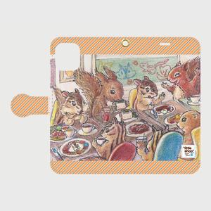 iPhone11『りすカフェ』へようこそ!  手帳型スマホケース