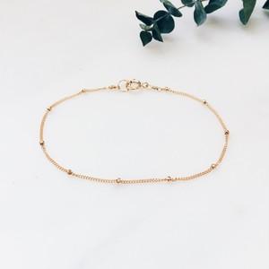 Delicate dot bracelet