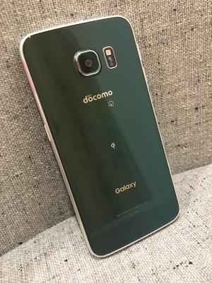 Galaxy S6 edge SC-04G【ドコモ回線/グリーン/イヤホン付き】