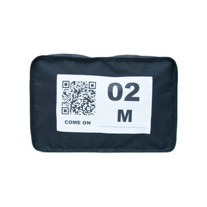 No.2 Travel Pouch (QR) Black 1 LO-STN-PC02