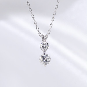 18KWG 2石ダイヤモンドネックレス