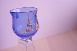 三角のピアス