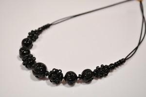 CN5016(B) ヴェネチアンフラワーショートネックレス①(ブラック)