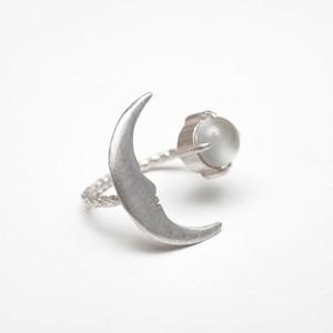 お月さまとムーンストーンの指輪