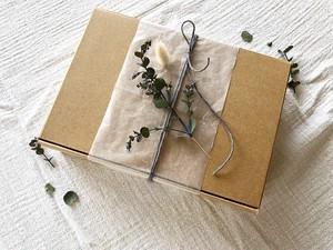 kraft BOX   dry flower  gift