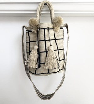 ワユーバッグ(Wayuu bag) Basic line 2Way MLサイズ