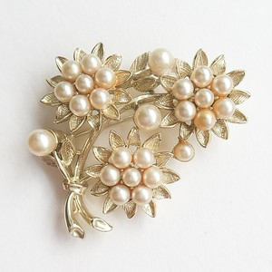 gold & pearl flower brooch[b-]