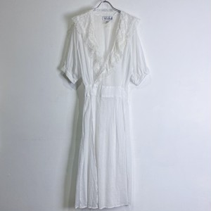 SCOTT McCLINTOCK white dress