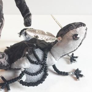 色無き宝石竜【ブラックダイヤモンド 灰翼】